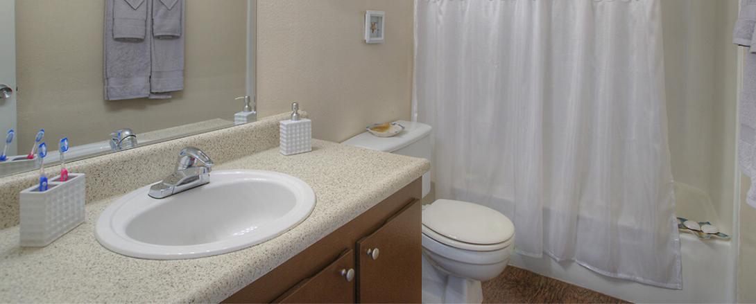 Bay Colony Bathroom