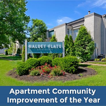 ADIVO CONSTRUCTION'S LATEST LOUISVILLE, KY PROJECT WINS APARTMENT COMMUNITY IMPROVEMENT OF THE YEAR AWARD!