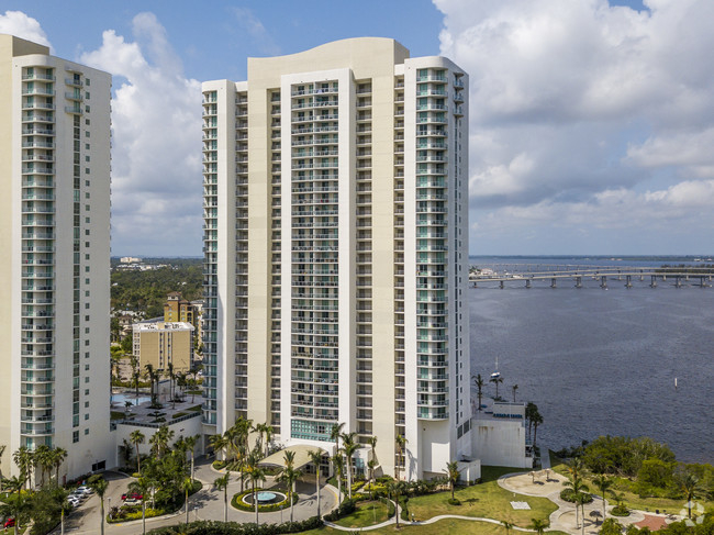 Oasis Tower II in Fort Myers, Florida